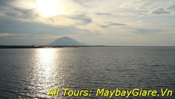 Phong cảnh hoàng hôn Hồ Dầu Tiếng
