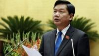 Bộ trưởng Đinh La Thăng: 'Giảm giá vé máy bay cho bà con nhờ' Bộ trưởng Thăng: 'Giảm giá vé máy bay cho bà con nhờ'