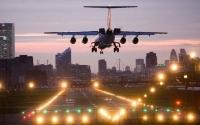 Tăng phí sân bay nên hay không nên? Các hãng hàng không Australia - New Zealand phản đối tăng phí sân bay