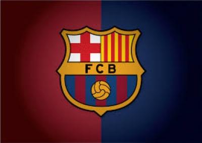 Thủ lĩnh Barca bàn về sai lầm chiến thuật ngay trên máy bay Cầu thủ Barca bàn về sai lầm chiến thuật ngay trên máy bay