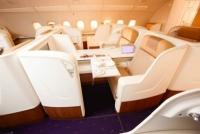 Cùng khám phá điểm đặc biệt khoang hạng nhất của các hãng hàng không nổi tiếng Khoang hạng nhất của các hãng hàng không lớn có gì đặc biệt?
