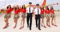 Vietjet Air vượt mặt Vietnam Airlines, trở thành hãng hàng không lớn nhất VN Vietjet Air hạ đo ván Vietnam Airlines trở thành Hãng hàng không lớn nhất Việt Nam